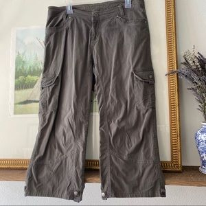 Kuhl Splash Capri Crop Cargo Pants Shorts Outdoor